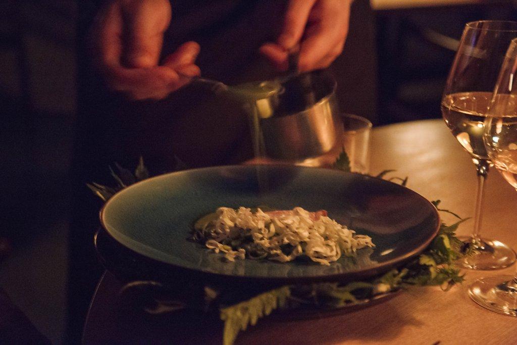 Pork loin, dead-nettles and peas